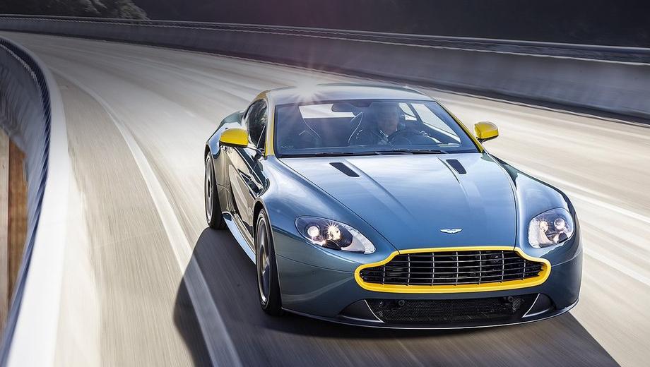 Aston martin v8 vantage,Aston martin db9. Всё, что у купе N430 не окрашено в цвет кузова и не подведено «губной помадой», — чёрное, лишь 19-дюймовые кованые диски — графитно-серые.