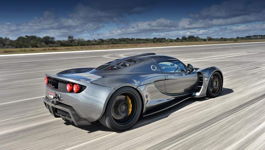 Купе Hennessey Venom GT не хватило полосы для шаттлов — ДРАЙВ