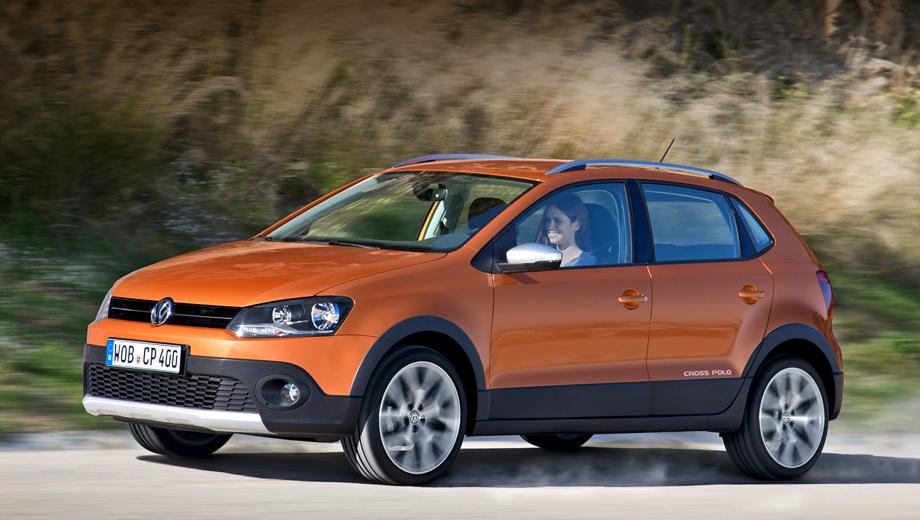 Volkswagen polo. Все версии обновлённого хэтчбека Volkswagen Polo, включая вседорожник CrossPolo, поступят в продажу в Европе уже весной.