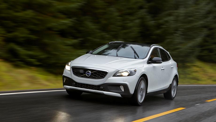 Volvo v40,Volvo v40 cross country. Модель V40 в нашей стране представлена только версией Cross Country и пока оснащается турбомоторами из старой обоймы Volvo: бензиновыми объёмом 2,0 и 2,5 л и дизелем 1,6 л.