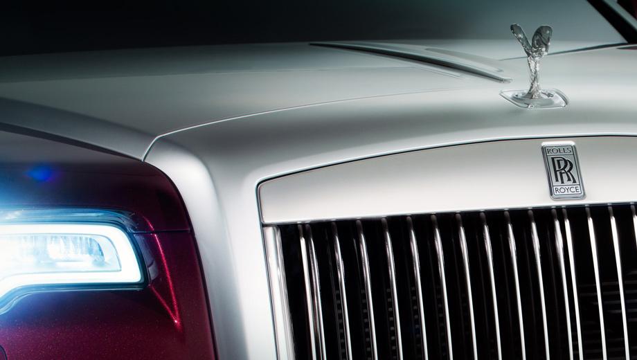 Rollsroyce ghost. Самый доступный Rolls-Royce (от $255 000) стоит на конвейере пять лет. Для крупного рестайлинга время давно пришло.