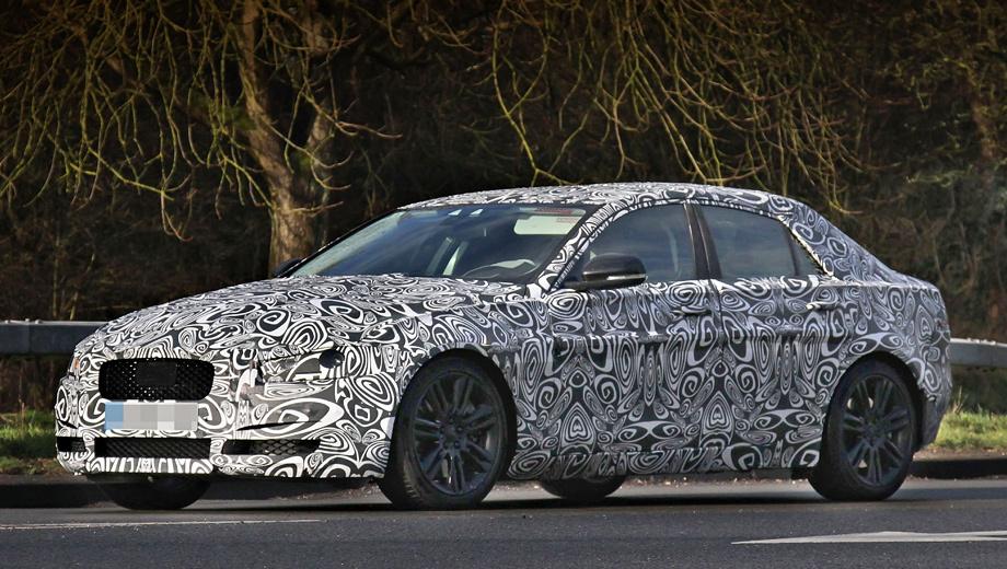 Jaguar xs. Автомобиль призван стать конкурентом седанам BMW третьей серии, Mercedes C-класса и Audi A4.