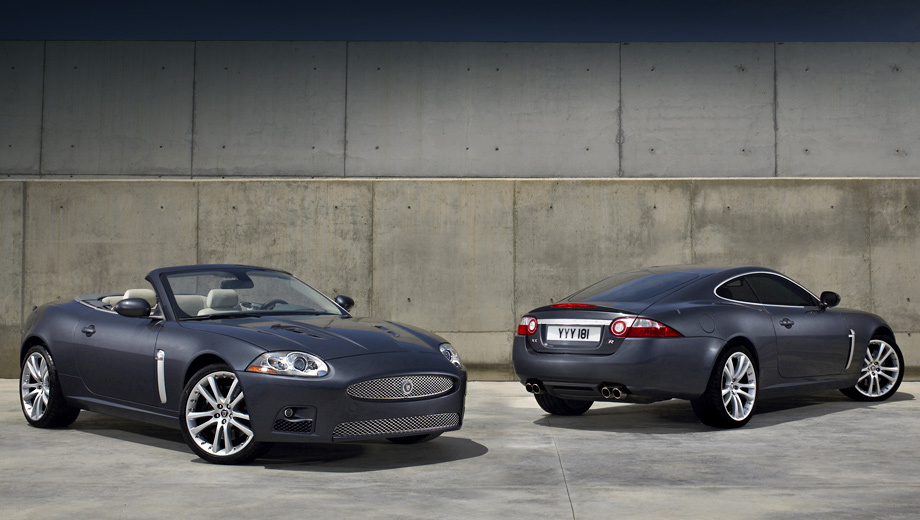Jaguar xk,Jaguar xkr,Jaguar xkr-s. Модель Jaguar XK за время своего существования разошлась по всему миру тиражом в 54 тысячи экземпляров.