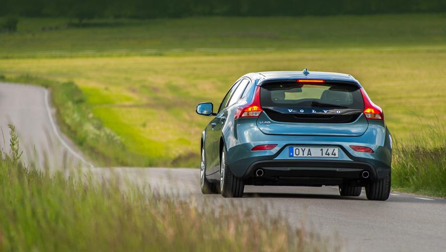 Volvo v40. Нынешний хэтчбек Volvo V40 выпускается с 2012 года. В основе — платформа Ford C1, которая также используется в нескольких моделях марок Ford, Lincoln и Mazda.