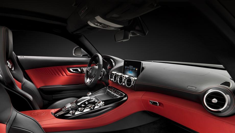 Mercedes amg gt. В оформлении салона прослеживается так называемая авиационная стилистика, характерная для всех спортивных моделей марки Mercedes.