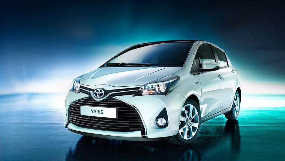 Toyota yaris,Toyota vitz. Благодаря новой решётке радиатора и другим фарам, анфас автомобиль поменялся довольно значительно. Теперь он выглядит более агрессивно. Это наверняка придётся по вкусу покупателям.