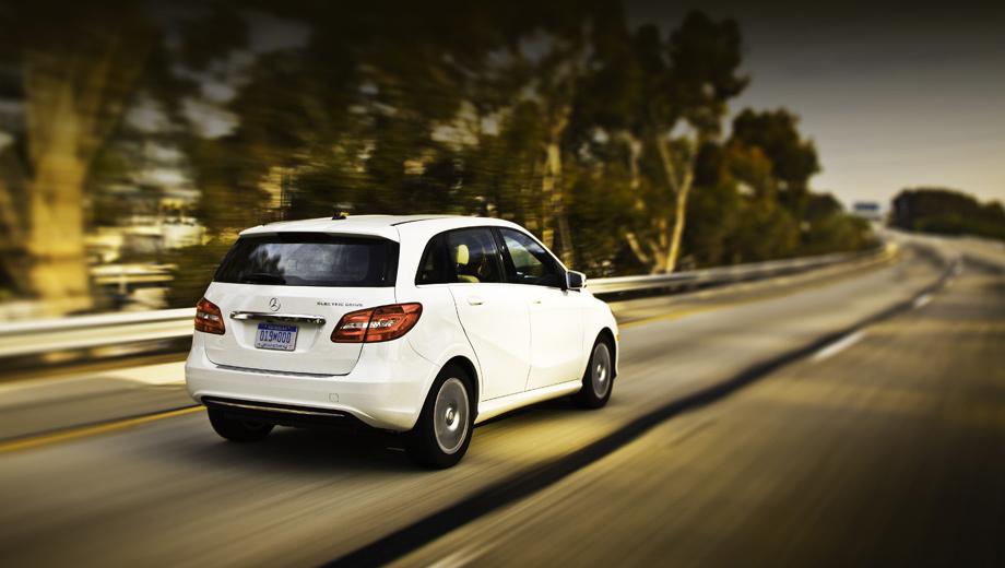 Mercedes b,Mercedes b electric drive. Базовая цена новинки в США составляет $41 450.