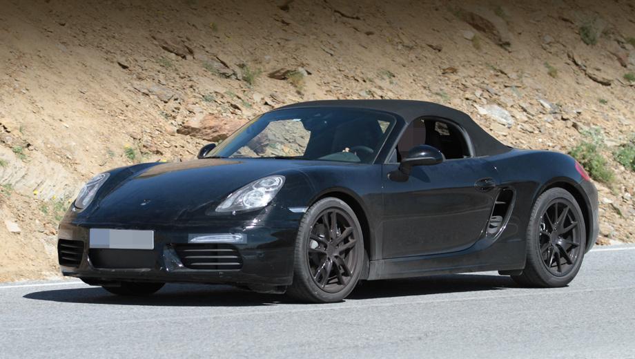 Porsche boxster,Porsche cayenne,Porsche 911. Фары прикрыты наклейками, так что здесь ждём заметных перемен. Дневные ходовые огни тоже изменятся, а пока маскируются под старые. В новом бампере — иные по форме воздухозаборники.