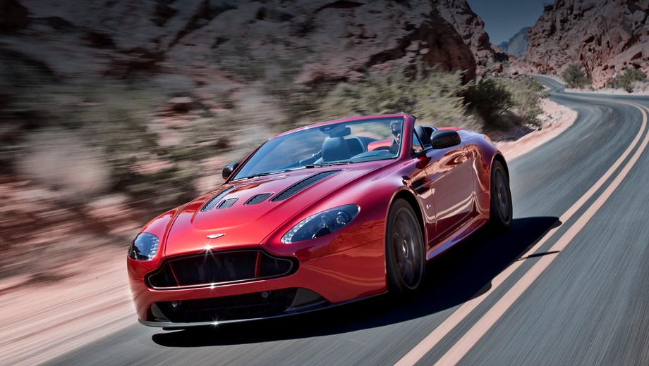 Aston martin v12 vantage. «Красивый, мощный и энергичный, V12 Vantage S Roadster являет собой механическое воплощение духа нашей компании», — заявил Марек Райхман, шеф-дизайнер Астона.
