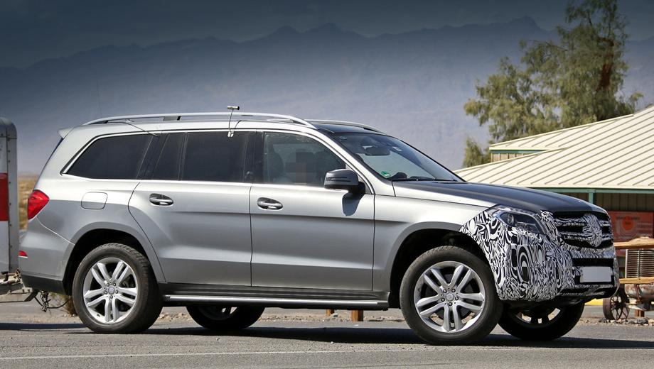 Mercedes gl. Говорят, одновременно с «джи-элем» тесты проходит закамуфлированный Mercedes-Benz M-класса, который будет обновлён по аналогичной схеме и отпразднует премьеру немного раньше большего внедорожника.
