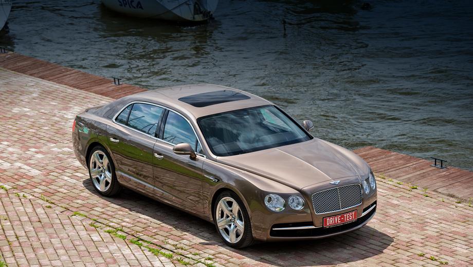 Bentley continental flying spur,Bentley flying spur. Bentley Flying Spur (W12 6.0, 625 л.с.) нового поколения в России стоит от 10 989 000 рублей. Для сравнения, за Rolls-Royce Ghost (V12 6.6, 570 сил) просят от 14 425 400 руб., а за Mercedes S 65 AMG (V12 6.0, 630 «лошадей») — от 12 300 000 рублей.