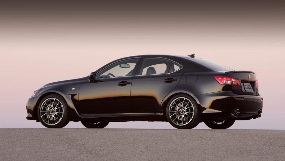 Lexus is-f. Появление IS нового поколения сделало прежнюю «зажигалку» устаревшей — но не это главное. Просто публика приняла мощную четырёхдверку прохладнее, нежели рассчитывал производитель.