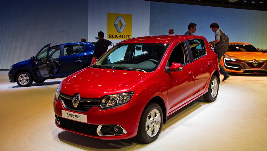 Renault sandero. В экстерьере отличие от румынской версии по сути одно — ячеистый блок в переднем бампере с обрамлёнными хромом противотуманками.