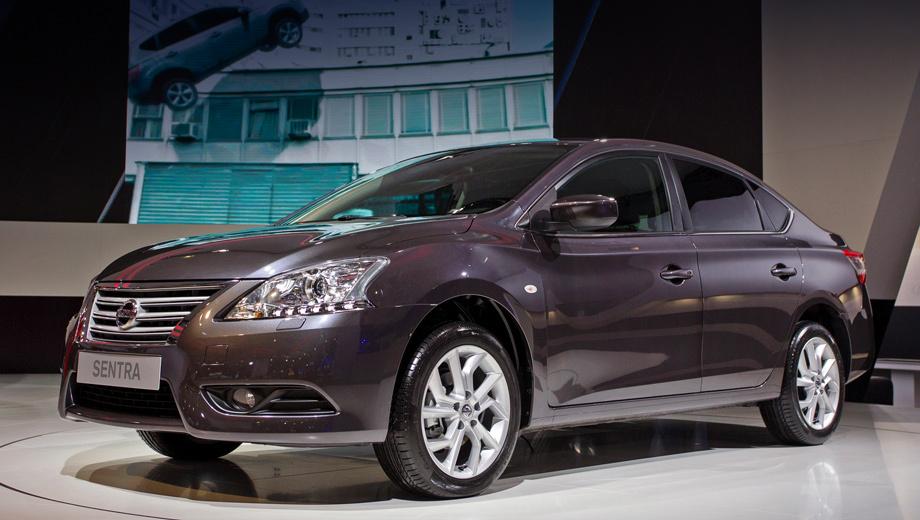 Nissan sentra. На российском рынке модель Nissan Sentra будет доступна с одним мотором, двумя типами коробок передач и в четырёх исполнениях (Welcome, Comfort, Elegance и Tekna). Комплектацию Elegance можно будет дополнить одним из трёх пакетов опций на выбор.
