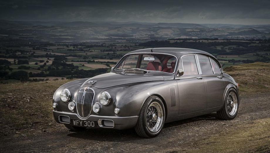 Jaguar mark 2. «Я не был уверен, что всё получится, но всё-таки решил перестроить машину для личного использования, — рассказывает владелец этого Ягуара. — Теперь я восхищён результатом и очень рад тому, что будет сделано ещё несколько автомобилей».