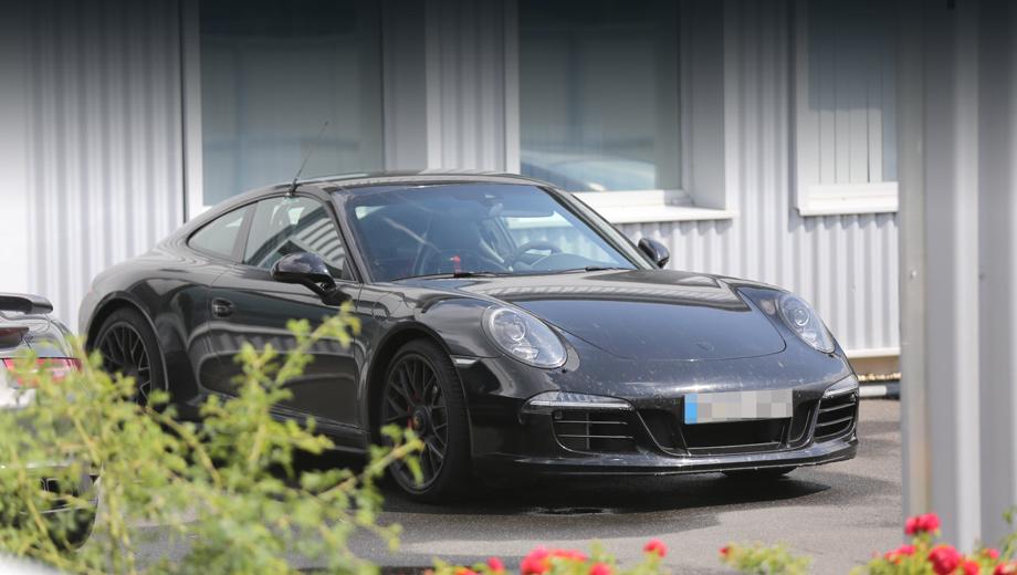 Porsche 911. Какие визуальные изменения ждут линейку модели 911, видно по этому образцу, отснятому ещё летом.