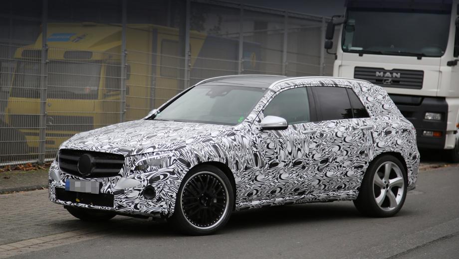 Mercedes glk,Mercedes glc,Mercedes glc amg. Обычный паркетник GLC дебютирует осенью 2015 года. Вариант от AMG — в первой половине 2016-го. Чуть позже последует GLC Coupe (соперник для BMW X4). Гипотетически легко спрогнозировать и появление GLC Coupe 63 AMG.