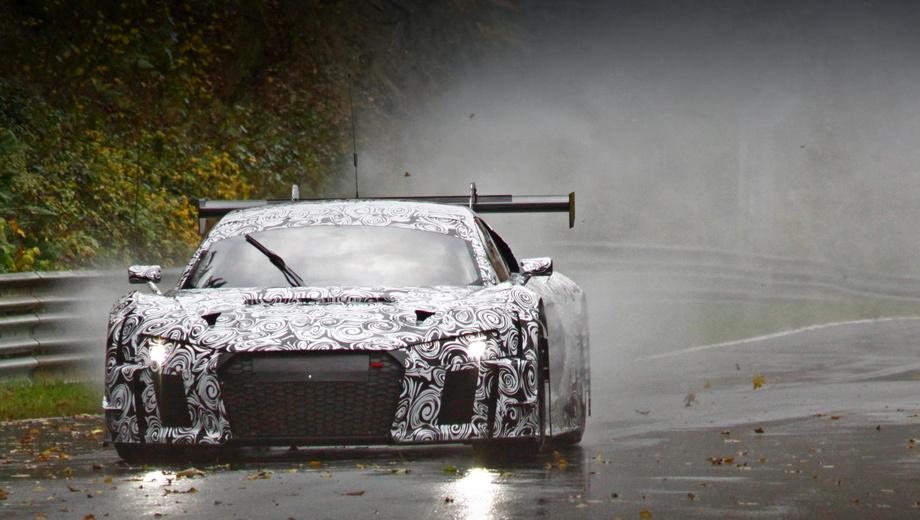 Audi r8,Audi r8 lms,Porsche 911,Porsche 911 rsr. Крупные воздухозаборники и антикрыло выдают в прототипе гоночный вариант новой «эр-восьмой».