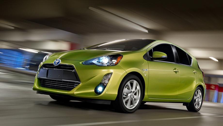 Toyota prius c,Toyota prius v. Главным достоинством 99-сильного Приуса c его создатели называют низкий расход топлива в смешанном цикле — 50 миль на галлон (4,7 л/100 км).