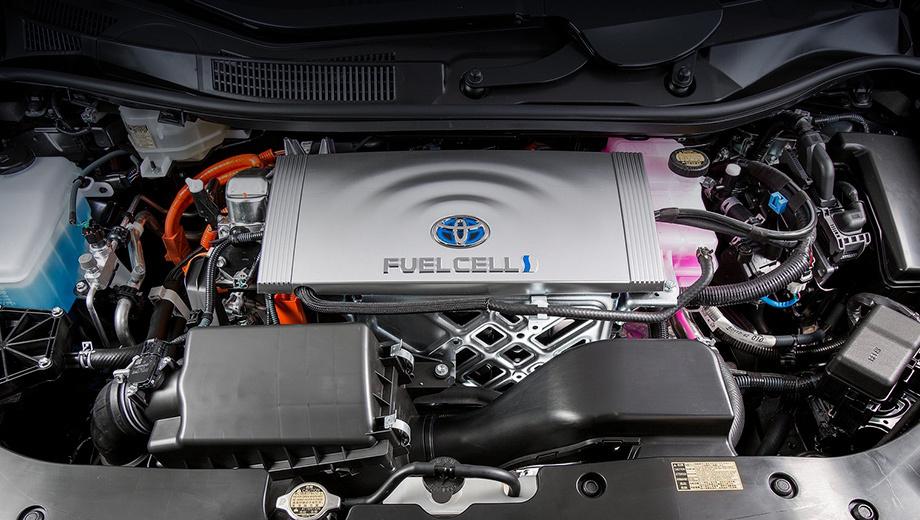 Toyota mirai,Lexus ls. Чтобы поставить на Lexus LS силовую установку от Mirai (на фото), её придётся модифицировать, ведь Тойоту изначально строили как водородную, а «конвертация» существующего седана — та ещё задачка.