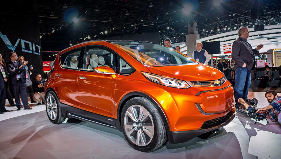 Chevrolet bolt,Chevrolet bolt ev. Автомобиль фигурирует в Детройте как концепт. Но, учитывая опыт концерна в построении серийных электромобилей, несложно прогнозировать этому проекту светлое будущее.