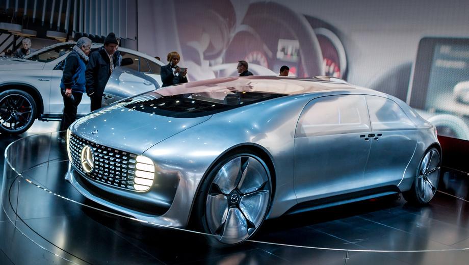 Mercedes f 015,Mercedes concept. Концепт насчитывает 5220 мм в длину, 2018 — в ширину и 1524 — в высоту. Колёсная база составляет аж 3610 мм.