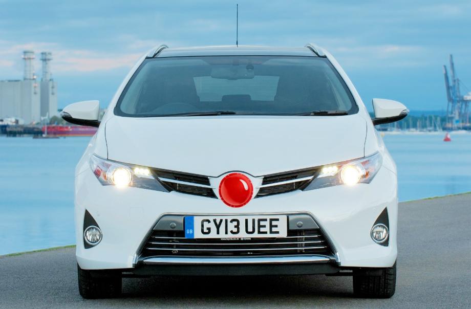 Toyota создала оригинальный сувенир для автомобиля.
