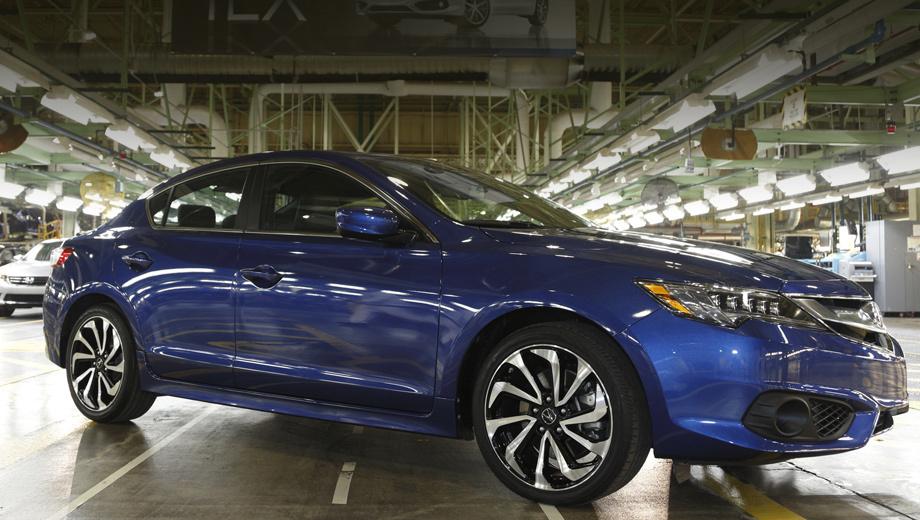 Acura ilx. В конце января 2015 года марка Acura отпраздновала выпуск своего двухмиллионного автомобиля в США. Им стал седан ILX, собранный на заводе в Мэрисвилле (штат Огайо). В Штатах Acura производит машины уже 20 лет.