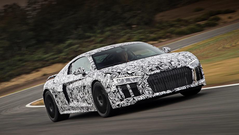 Audi r8. В двух словах, всё лучшее в R8 сохранено. Вдобавок купе получило действительно функциональный полный привод и стало лучше подходить на каждый день.