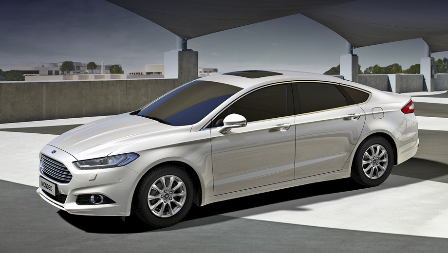 Ford mondeo. Автомобили для России прошли дополнительные тесты, кроме того, для нашей страны седанам Mondeo перенастроили подвеску и рулевое управление. Дорожный просвет увеличен на 12 мм.