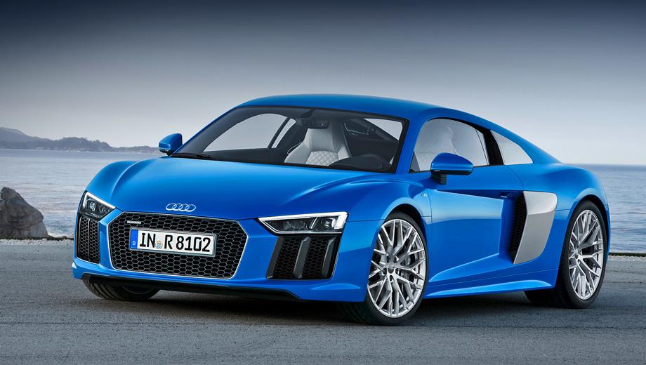 Audi r8. В «базе» у R8 полностью светодиодные фары. Как опция поставляются так называемые лазерные, которые обладают увеличенным с обычных 300 до 600 м диапазоном дальнего света.