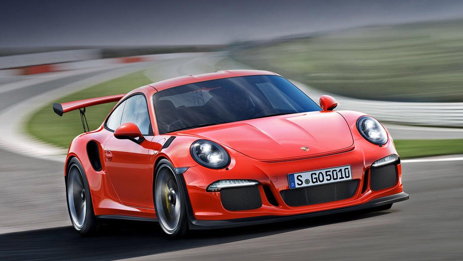 Porsche 911,Porsche 911 gt3 rs. Продажи Porsche 911 GT3 RS в Европе, включая Россию, стартуют в мае 2015 года. По сравнению с предшественником новинка подорожала всего на 632 тысячи рублей (до 9 769 000).
