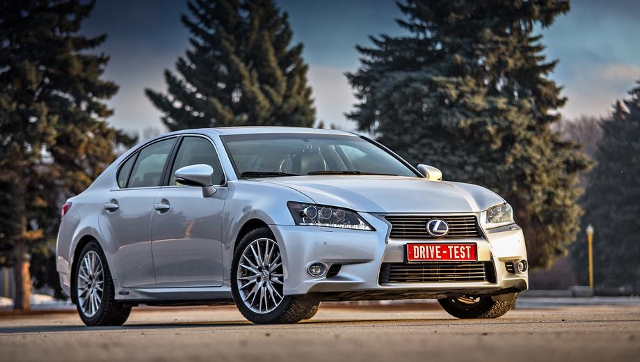 Lexus gs. Как и другие Лексусы, обслуживать седан GS 450h придётся каждые 10 000 км или раз в год. Первое и третье ТО у дилера обойдётся в 21 771 рубль каждое, а второе — в 24 531.