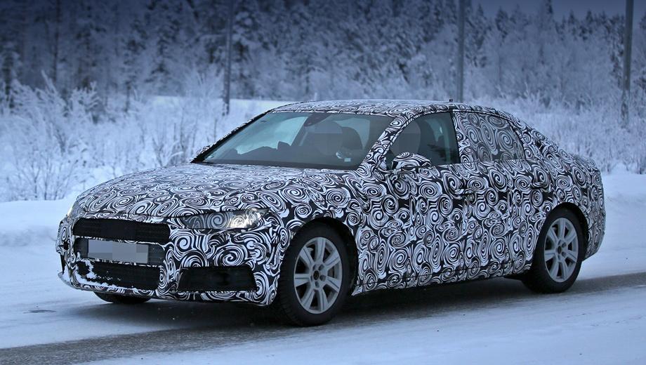 Audi a4. Январский шпионский снимок напоминает, что колёсная база седана вырастет, хотя длина увеличится незначительно, автомобиль станет немного шире. Снаряжённая масса уменьшится на сотню кило.