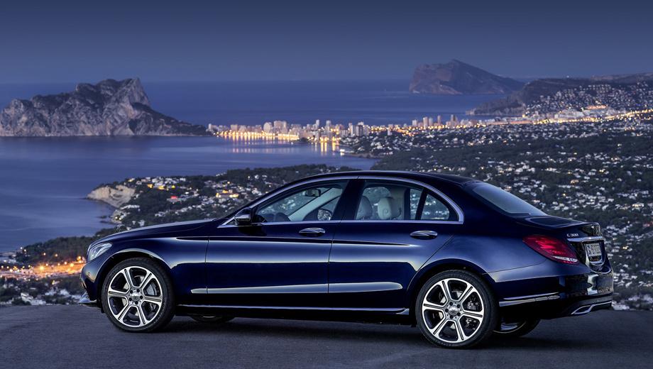 Mercedes c. Вместе с появлением ряда новых моторов у C-класса были скорректированы уровни оснащения и добавлен руль с подогревом