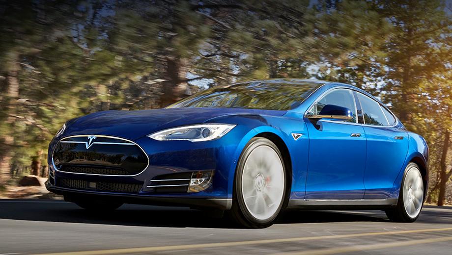 Tesla model s. Естественно, начальная версия электрокара Model S подорожала. Теперь ценник на этот автомобиль начинается с $76 150 (прежде Tesla стоила минимум $71 070). Первые заказчики получат новинку уже в мае.
