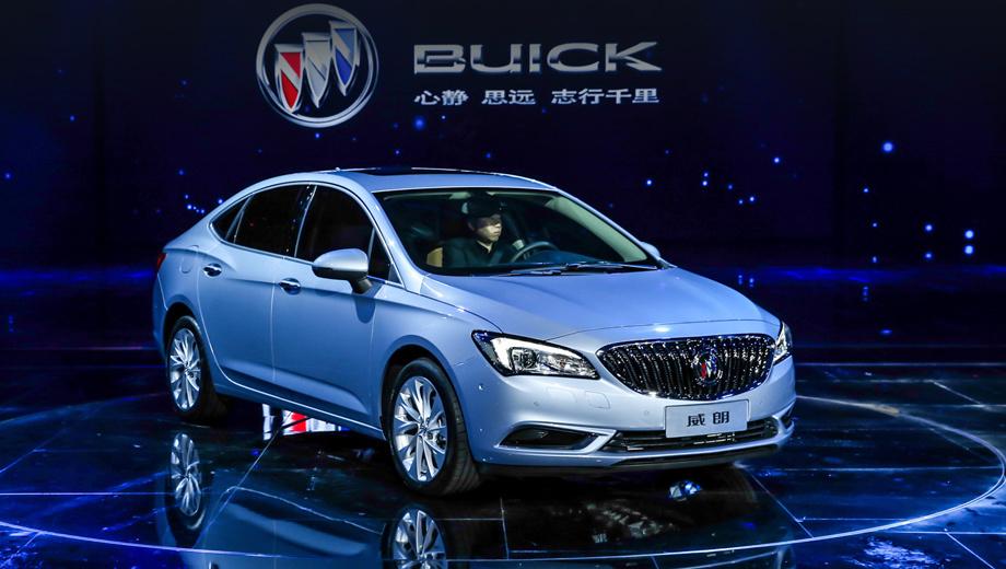 Buick verano. Длина Verano — 4718 мм, ширина — 1802, высота — 1466, колёсная база — 2700 мм. Передняя и задняя оптика напоминает фары и фонари концепта Avenir.