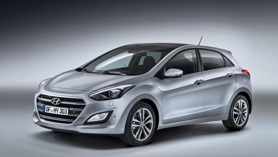 Hyundai i30. Топовая версия Vision идёт с комбинированной отделкой сидений и биксеноновыми фарами с автоматической регулировкой угла наклона и омывателем. Цены — от 1 031 900 рублей за хэтчбек и от 1 081 900 за универсал.