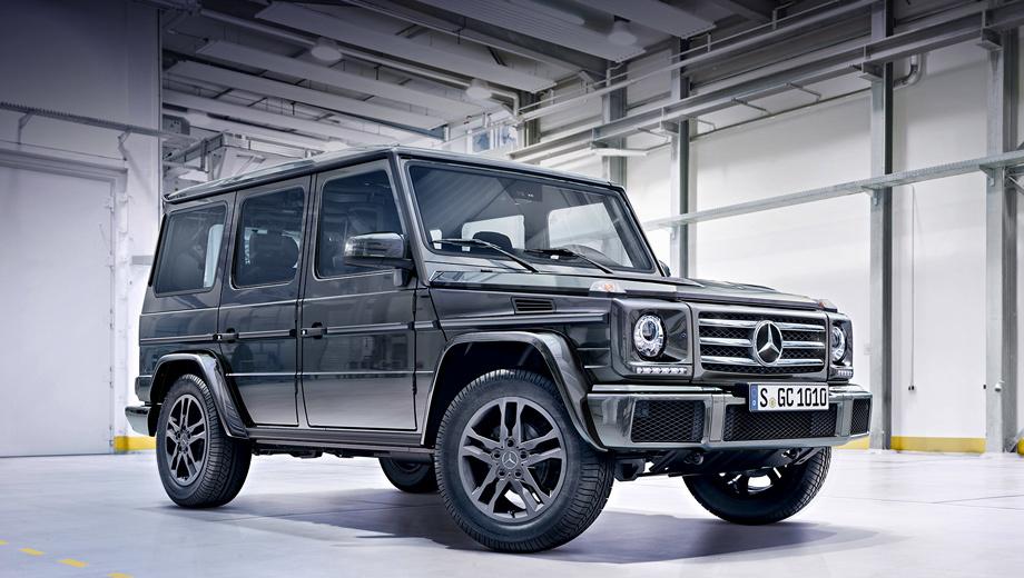 Mercedes g,Mercedes g amg. У версий G 350 d (на фото) и G 500 появились новые бамперы и в качестве базового оснащения расширенные колёсные арки AMG, окрашенные в цвет кузова. «Трёхсотпятидесятому» ещё положены новые 18-дюймовые колёсные диски.