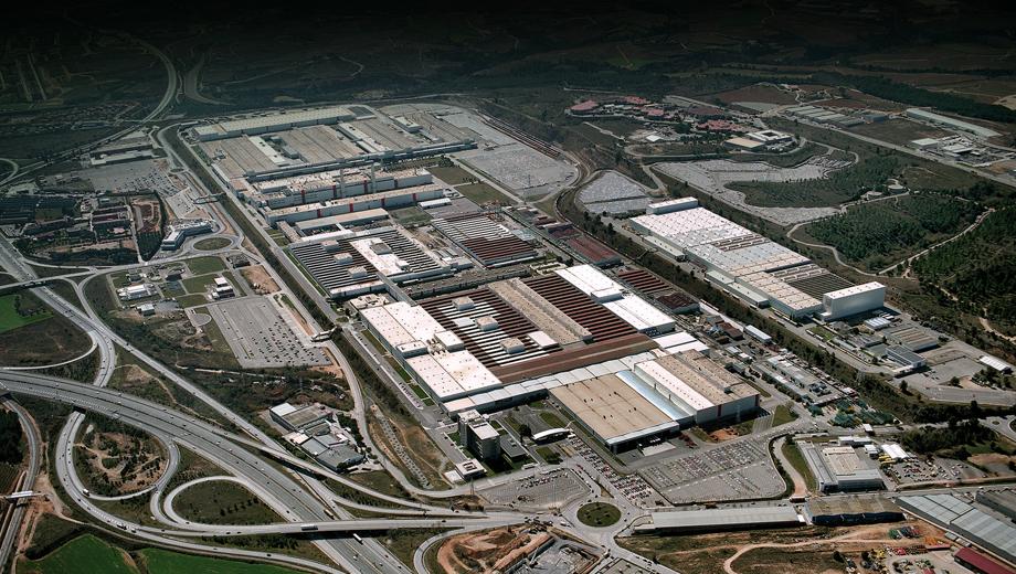 Audi a1. Каждый третий автомобиль концерна Volkswagen производится на территории Испании. На заводах в Мартореле (на фото) и Наварре в прошлом году изготовлено в общей сложности 748 400 машин.