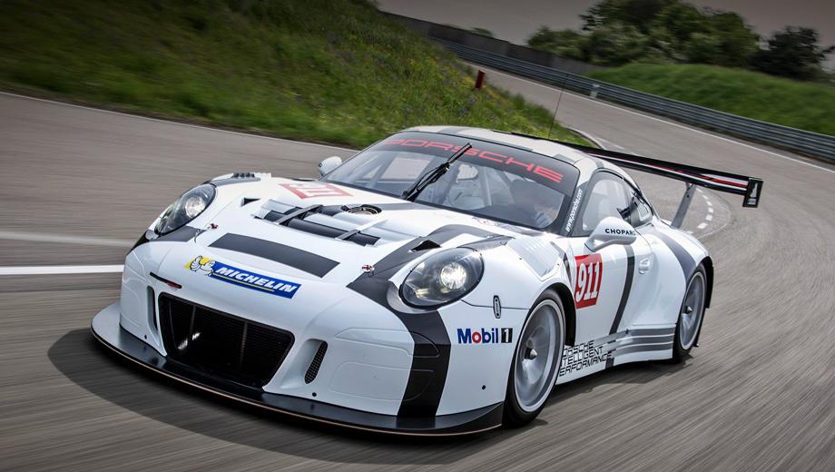 Porsche 911,Porsche 911 gt3 r. Одно из самых заметных отличий машины 2016 модельного года по сравнению с предшественницей — большой центральный радиатор вместо пары боковых. О причине такого решения скажем чуть ниже.