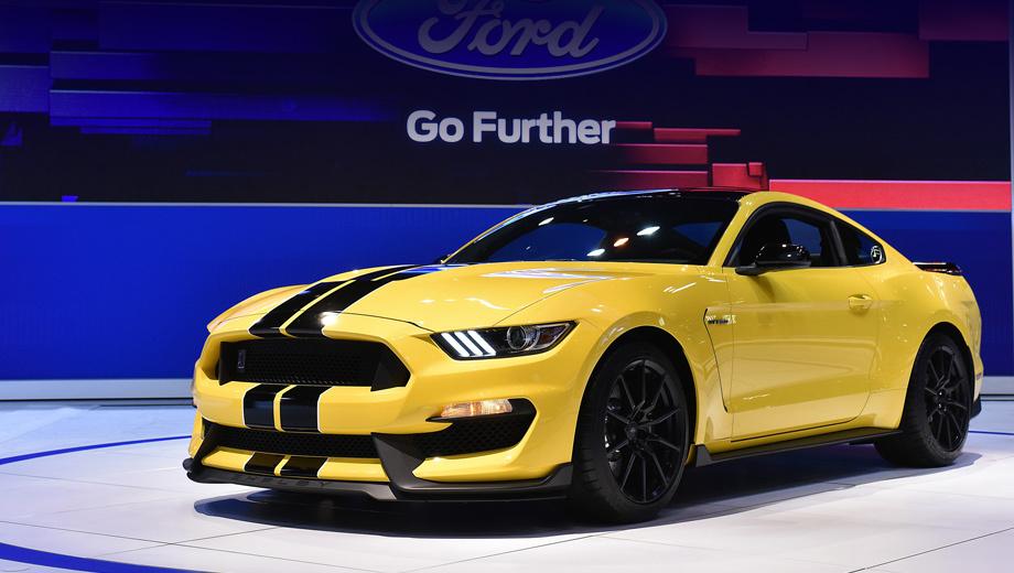 Ford mustang,Ford shelby gt350 mustang,Ford mustang shelby,Ford shelby gt350r mustang. Купе Shelby GT350 Mustang (на фото) и его собрат с добавочной буковкой R в имени поступят в продажу у себя на родине осенью.