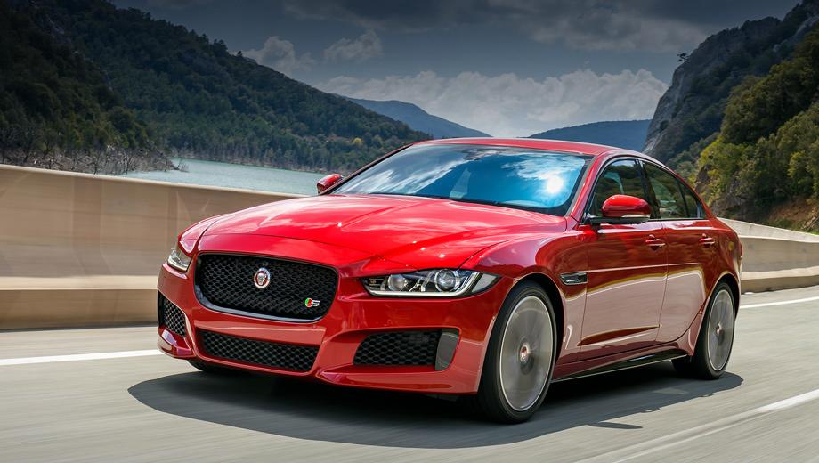 Review jaguar xe