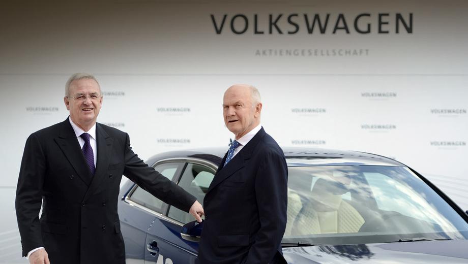 Volkswagen group. Будучи председателем наблюдательного совета VW Group, Фердинанд Пих (на фото справа) выступал за автономию марок группы ради усиления конкуренции между ними. С уходом Пиха босс Винтеркорн (слева) решил избавиться от этой стратегии.