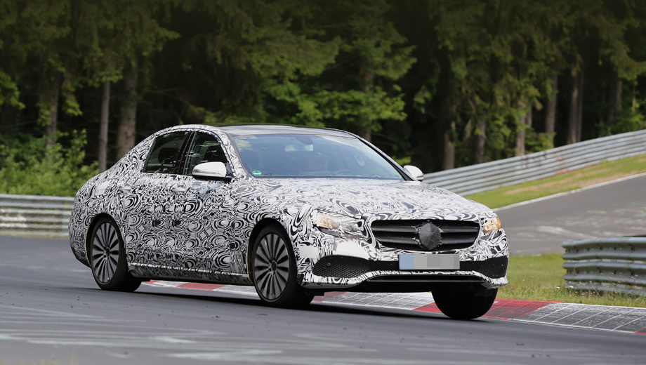 Mercedes e. Премьера нового седана Е-класса состоится в январе 2016 года на автошоу в Детройте.