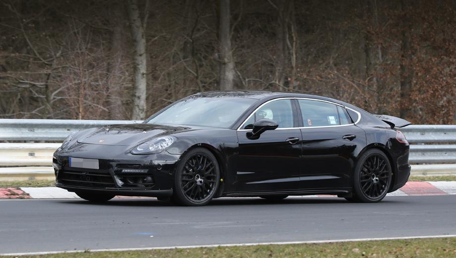 Audi q6,Porsche pajun. По идее, новичок Pajun использует укороченную «тележку» от Панамеры второго поколения (на фото), которая подрастёт в размерах.