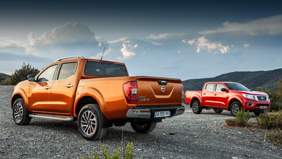 Nissan navara,Nissan np300 navara. Смена поколений, произошедшая в июне прошлого года, была больше похожа на глубокий рестайлинг. Чуточку вырос клиренс, уменьшился радиус разворота, слегка увеличился грузовой отсек, поменялась светотехника.