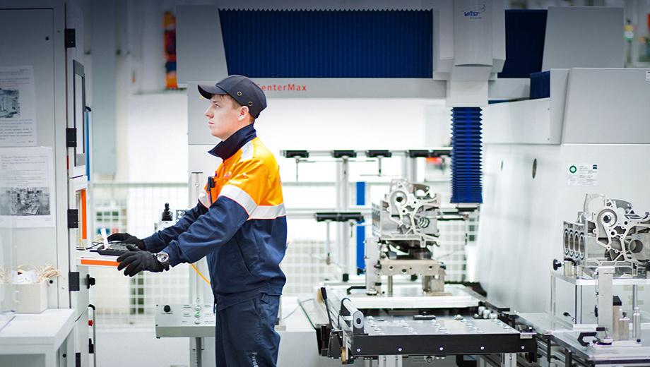 Ford fiesta,Ford focus,Ford ecosport. На предприятии по производству двигателей Ford в Елабуге создано 200 рабочих мест.