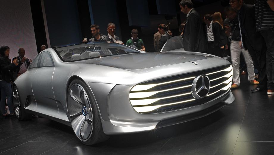 Mercedes iaa,Mercedes concept. Название концепта расшифровывается как Intelligent Aerodynamic Automobile — «интеллектуальный аэродинамичный автомобиль». Аббревиатура совпадает с сокращением Франкфуртского мотор-шоу (Internationale Automobil Ausstellung).