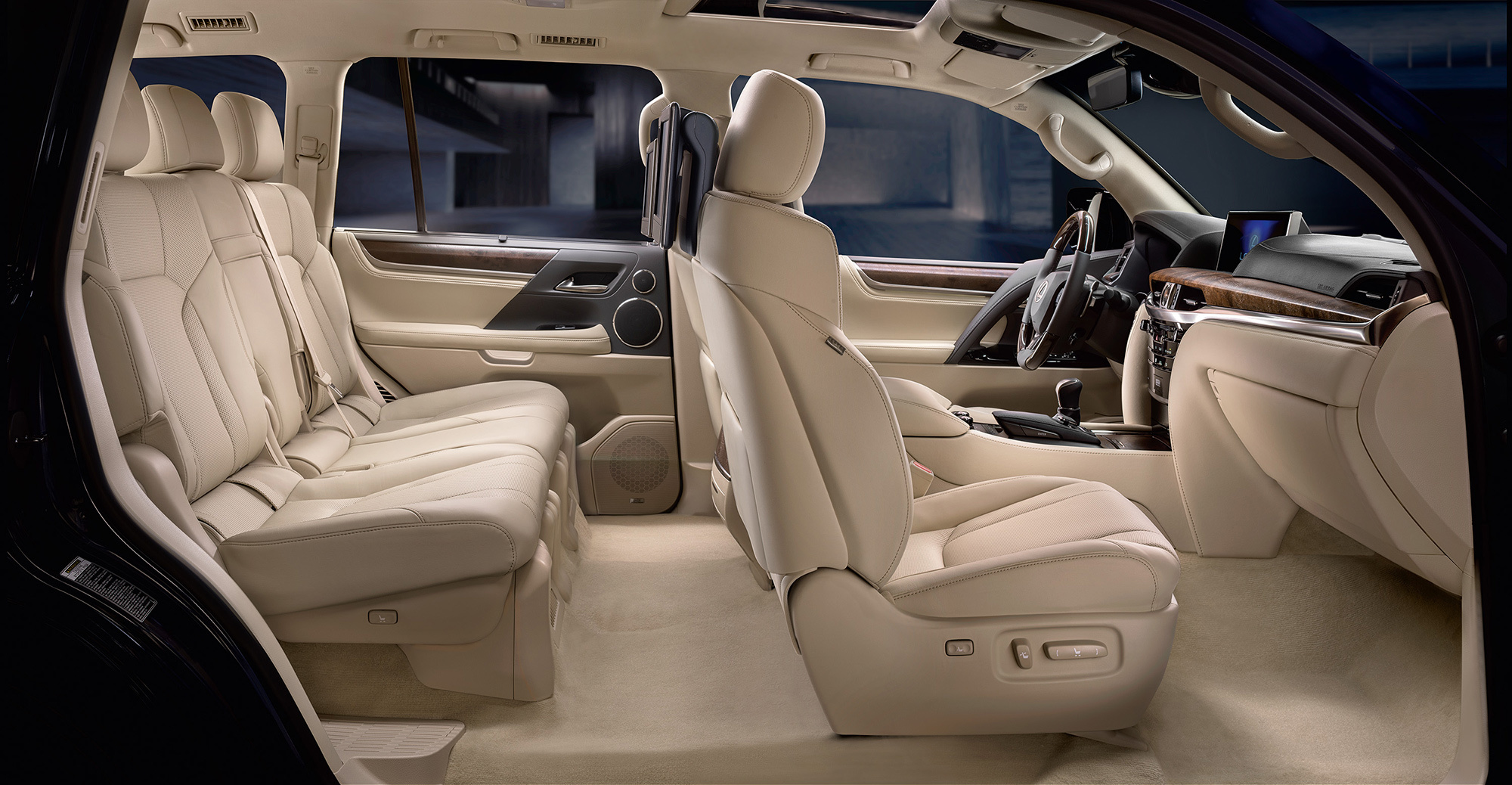 Land Rover Range Rover >> Третье обновление принесло внедорожнику Lexus LX дизель — ДРАЙВ